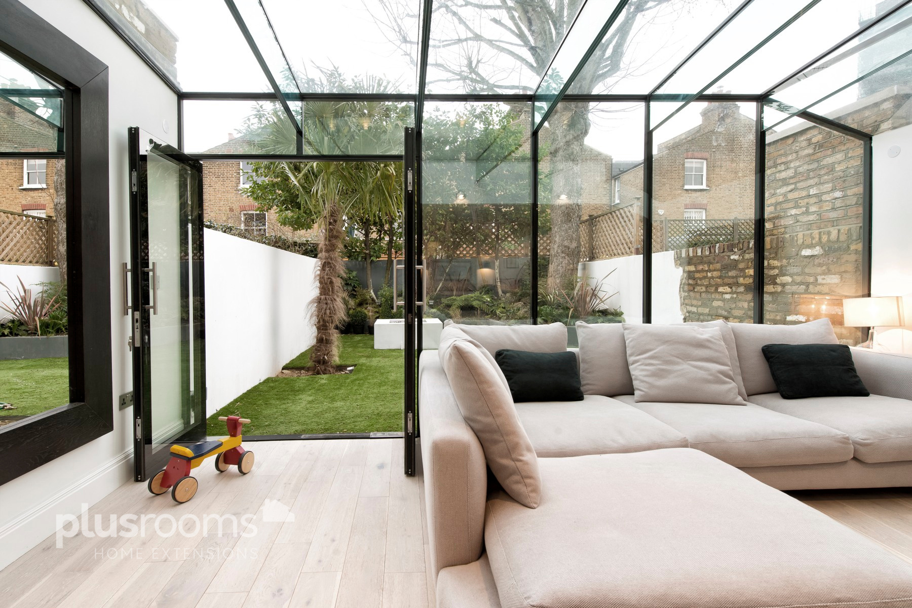 The best glass kitchen extension designs