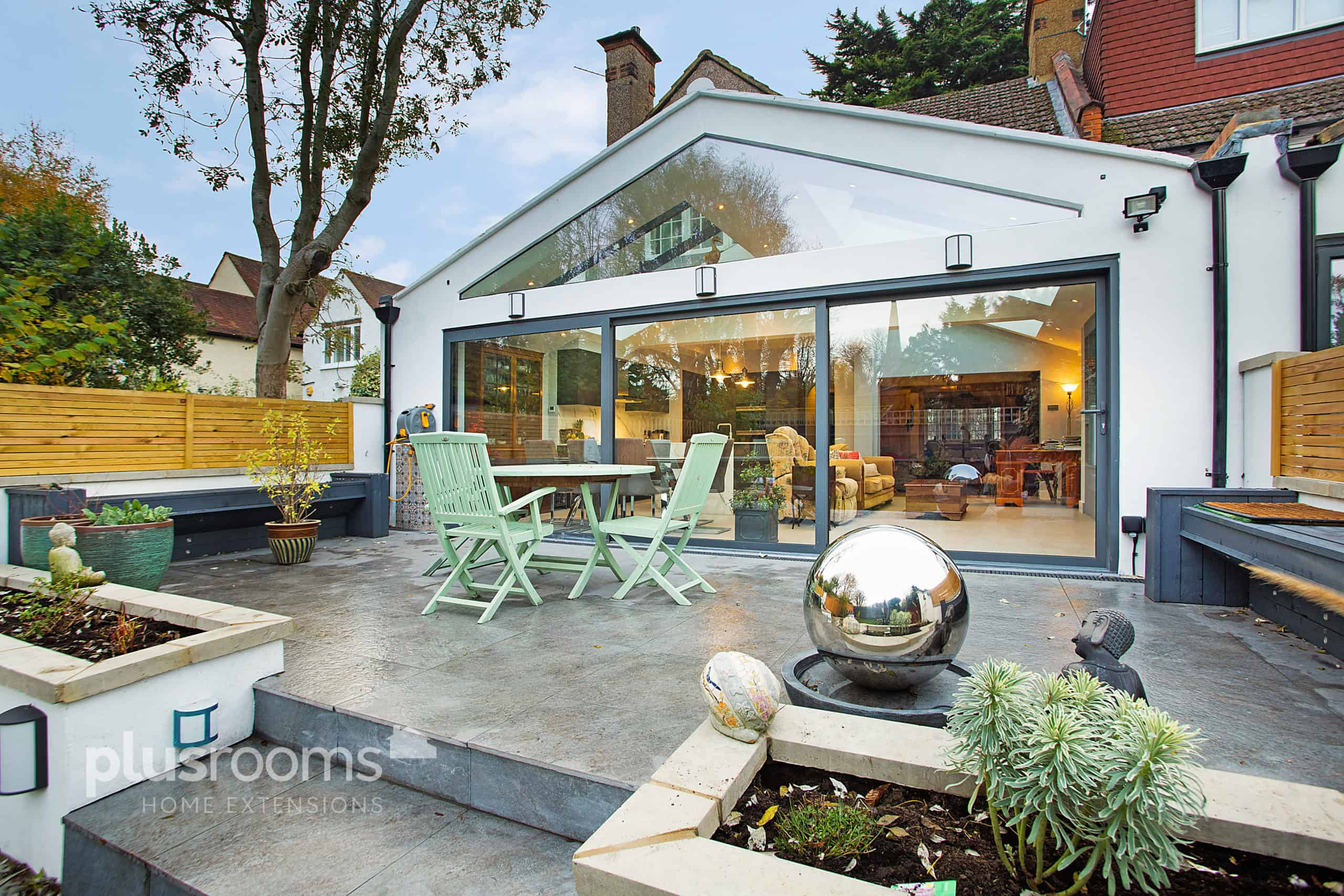 A guide to kitchen extension roof designs